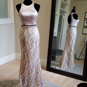 SIZE 4 No Alterations two piece prom gown in blush